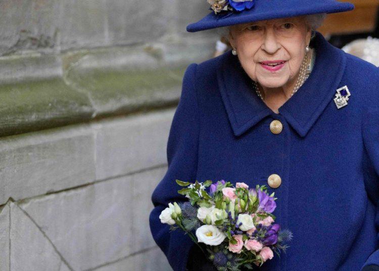 La reina Isabel II se retiró de asistir a la cumbre climática «por consejo médico»– Titulares