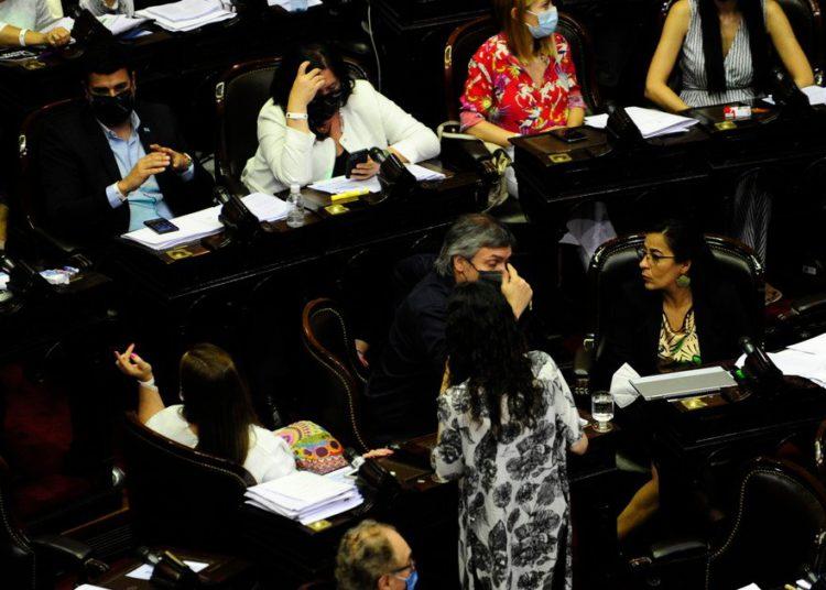 En Diputados esperan 30 horas de debate y una sesión tensa en la vuelta a la presencialidad plena /Titulares de Política