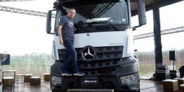 Mercedes-Benz Arocs 8×4 es la «Clase G» de camiones /Titulares de Noticias de Brasil