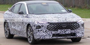 La nueva generación de Ford Mondeo perdió el camuflaje/ Titulares de Autos