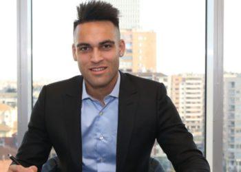 Lautaro Martínez renovó su contrato con el Inter hasta 2026/ Titulares de Deportes